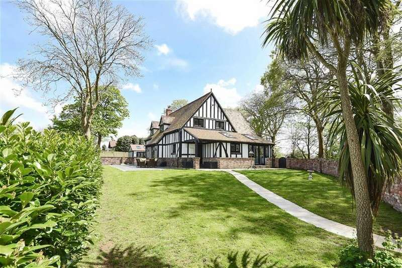 4 Bedrooms Detached House for sale in Gonvena, Wadebridge, Cornwall, PL27