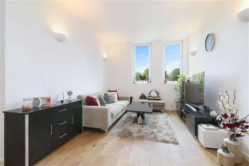 2 Bedrooms Flat for sale in Channelsea House, West Ham, London