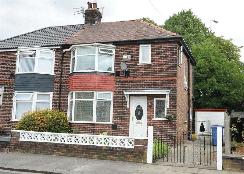 3 Bedrooms Semi Detached House for sale in 7 Wilfred Road, Eccles M30 7LB