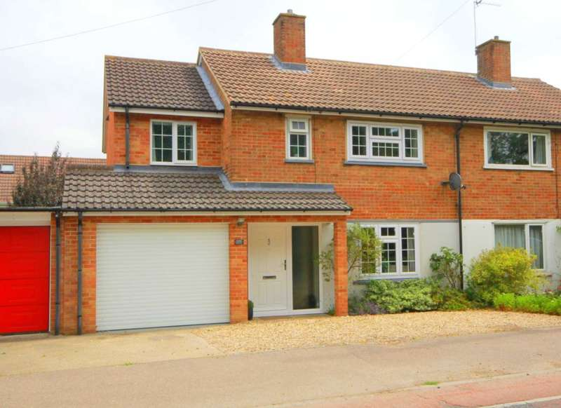 3 Bedrooms Semi Detached House for sale in WELL EXTENDED 3 BED semi with 2 BATHROOMS, GARAGE and downstairs CLOACK ROOM in HP1.
