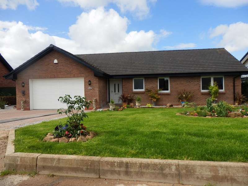 3 Bedrooms Detached Bungalow for sale in Ashlea 3 Braehead Avenue, Collin, Dumfries DG1 4FF