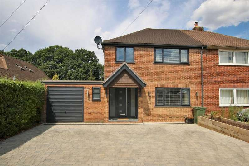 3 Bedrooms Semi Detached House for sale in 24 Frensham Road, CROWTHORNE, Berkshire