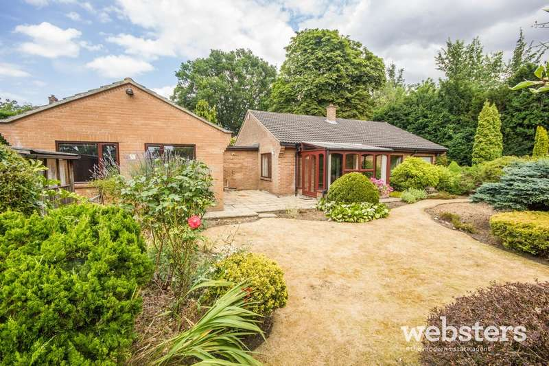 3 Bedrooms Detached Bungalow for sale in Poplar Avenue, Off Newmarket Road, Norwich NR4