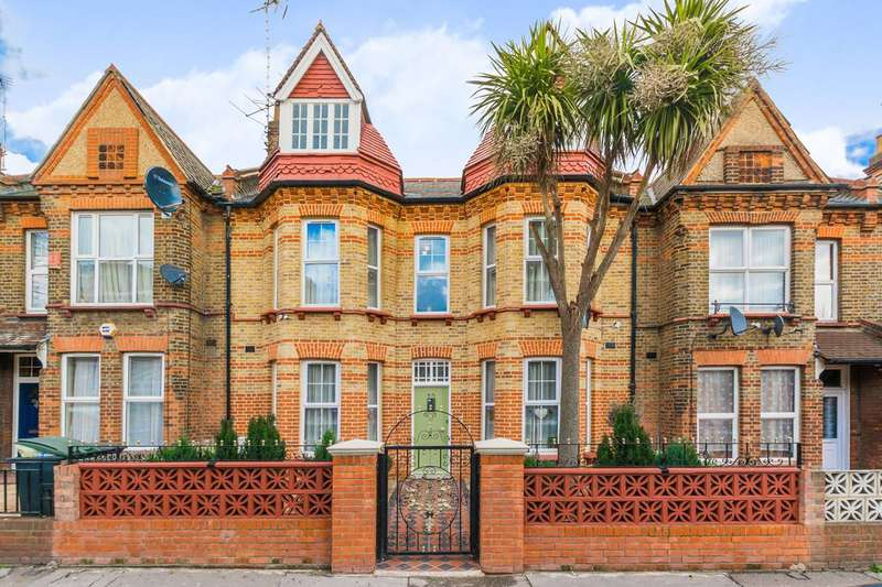 4 Bedrooms House for sale in Gladstone Avenue, Wood Green, N22