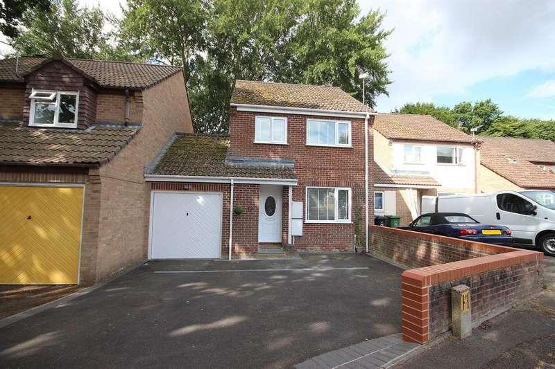 3 Bedrooms Link Detached House for sale in Primrose Gardens, Creekmoor, Poole