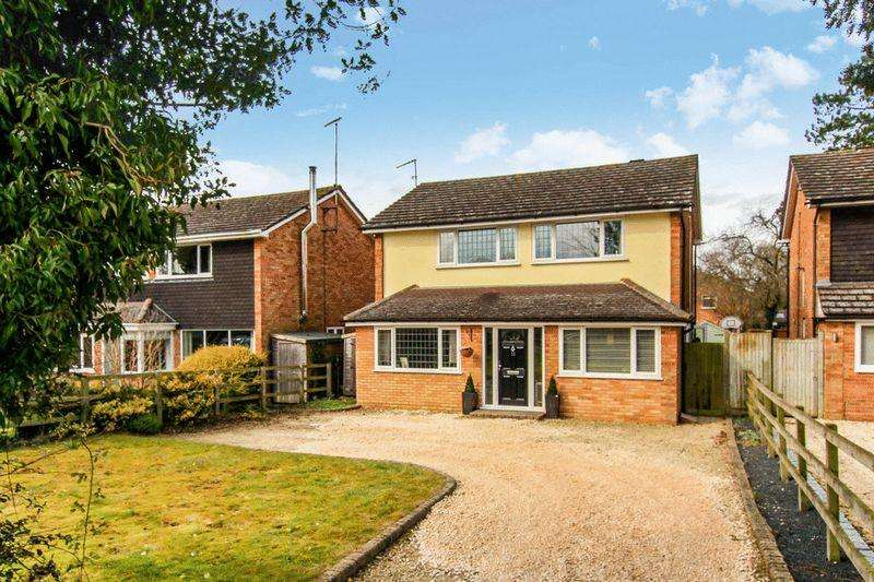 3 Bedrooms Detached House for sale in Tring