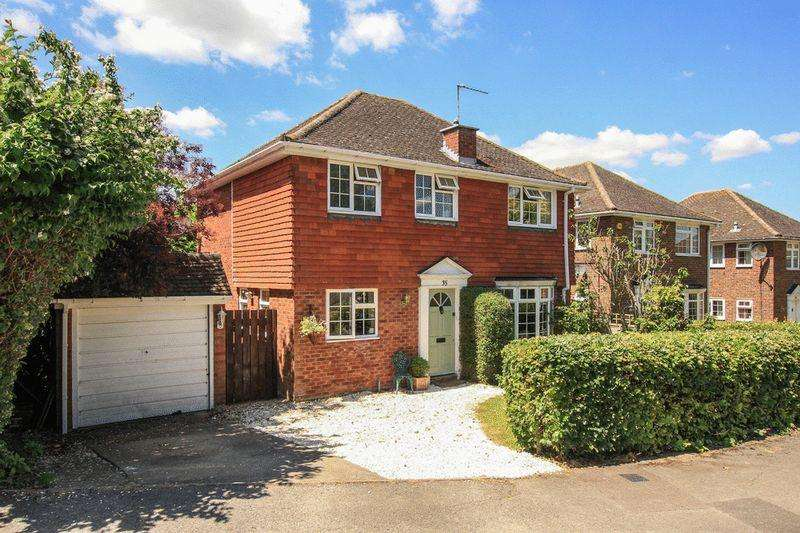 3 Bedrooms Detached House for sale in Cheddington
