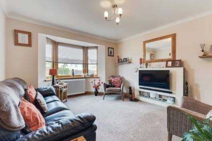 4 Bedrooms Bungalow for sale in Brunton Place, Markinch