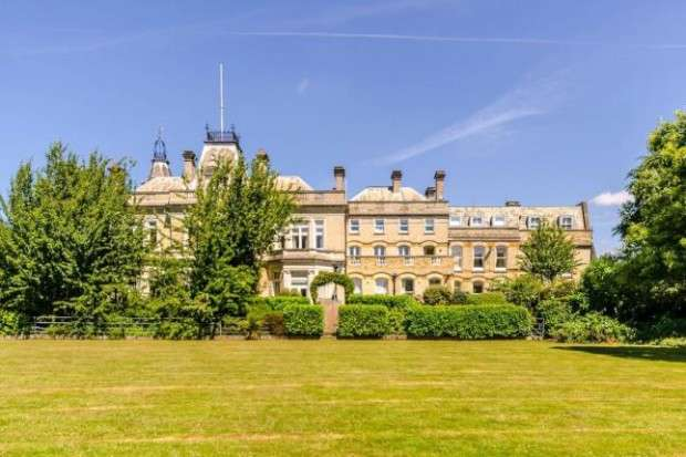 5 Bedrooms Apartment Flat for sale in Mansion Apartments 18 Bucknell Way Park Langley Estate , Mansion Apartments, Beckenham, BR3