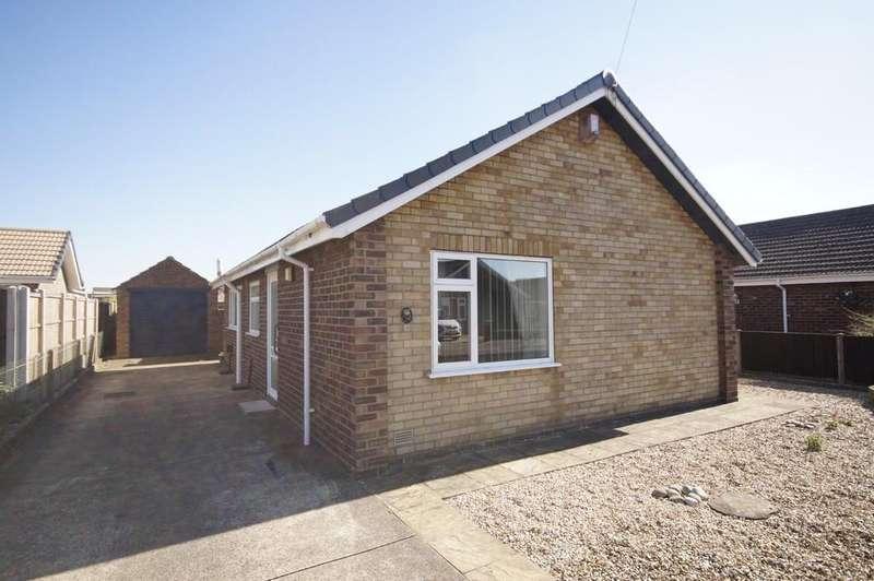 2 Bedrooms Detached Bungalow for sale in Riley Close, Bracebridge Heath