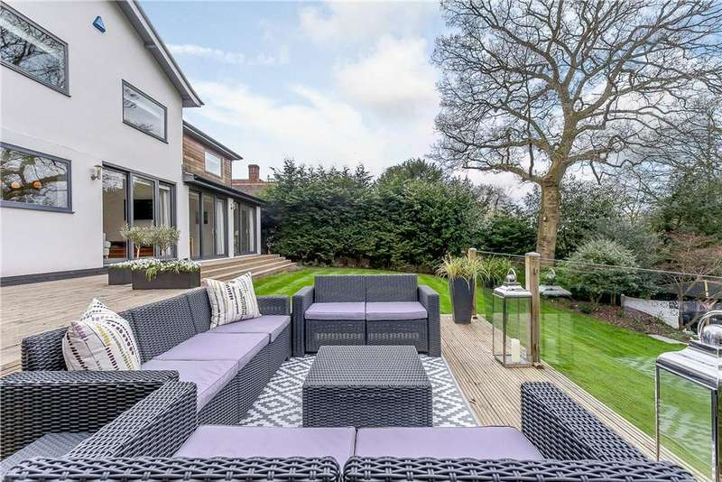4 Bedrooms Detached House for sale in Stoke Row Road, Peppard Common, Henley-on-Thames, RG9