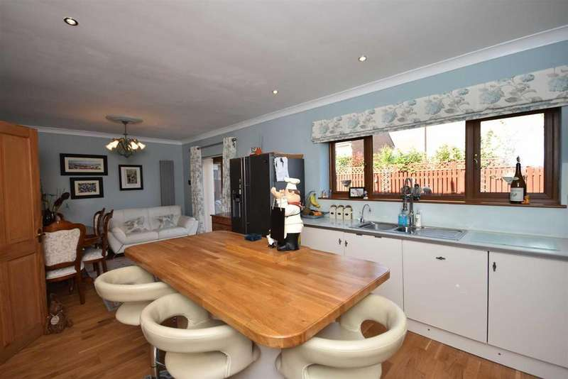 4 Bedrooms Detached House for sale in Jersey Marine, Neath