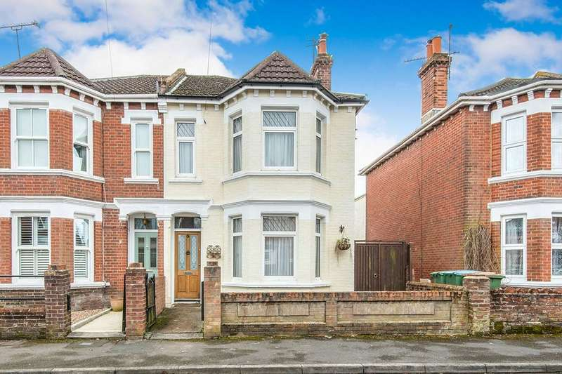 3 Bedrooms Semi Detached House for sale in St. Winifreds Road, Southampton, SO16