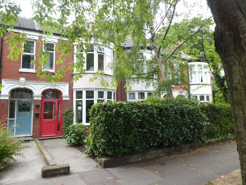 House for sale in Park Avenue, Hull, HU5 3EX