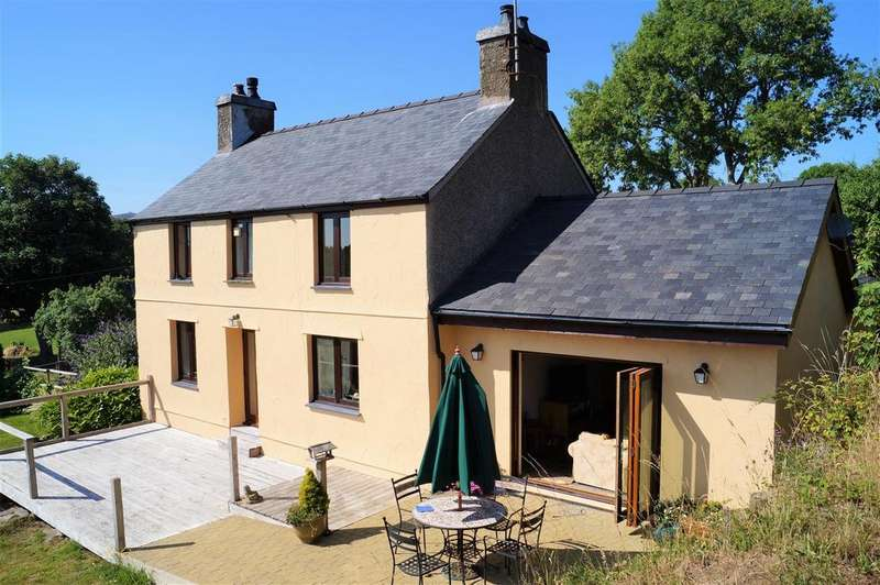 4 Bedrooms Detached House for sale in Chwilog, Pwllheli