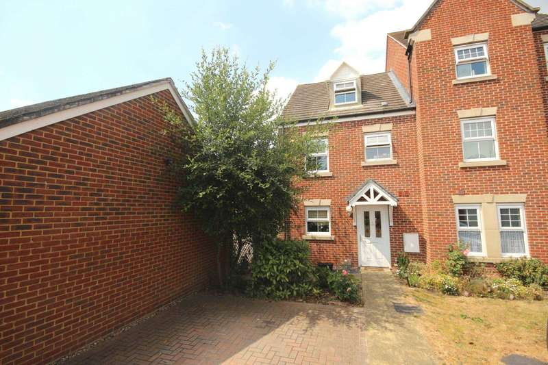3 Bedrooms End Of Terrace House for sale in Goldfinch Crescent, Jennett`s Park
