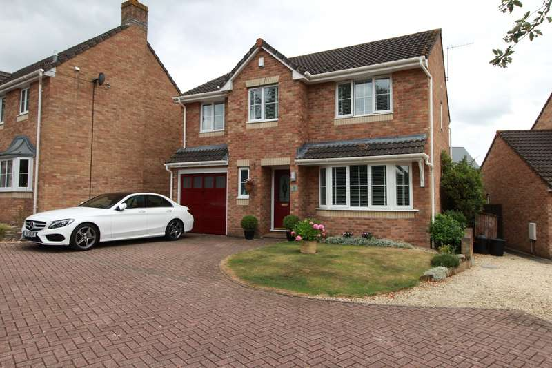 5 Bedrooms Detached House for sale in Cae Melin, Little Mill, Monmouthshire, NP4
