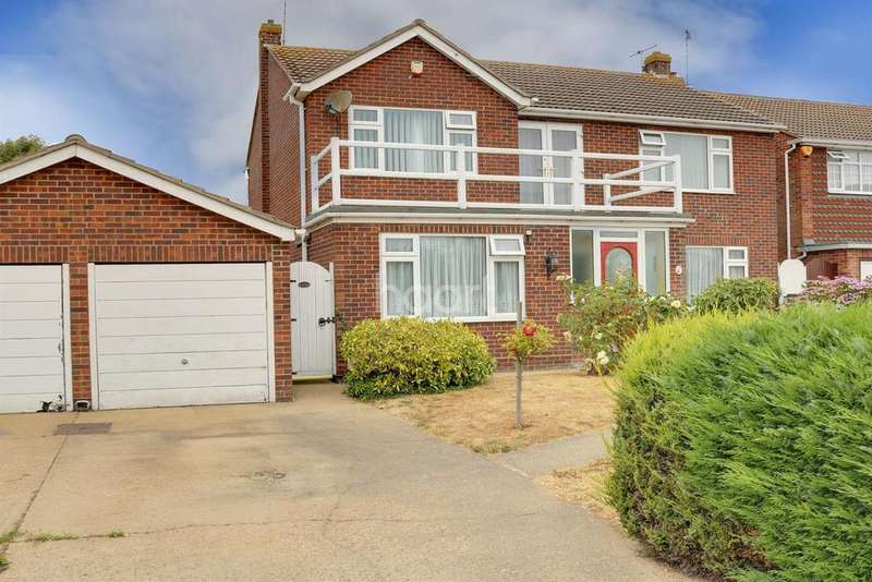 4 Bedrooms Detached House for sale in Richmond Drive
