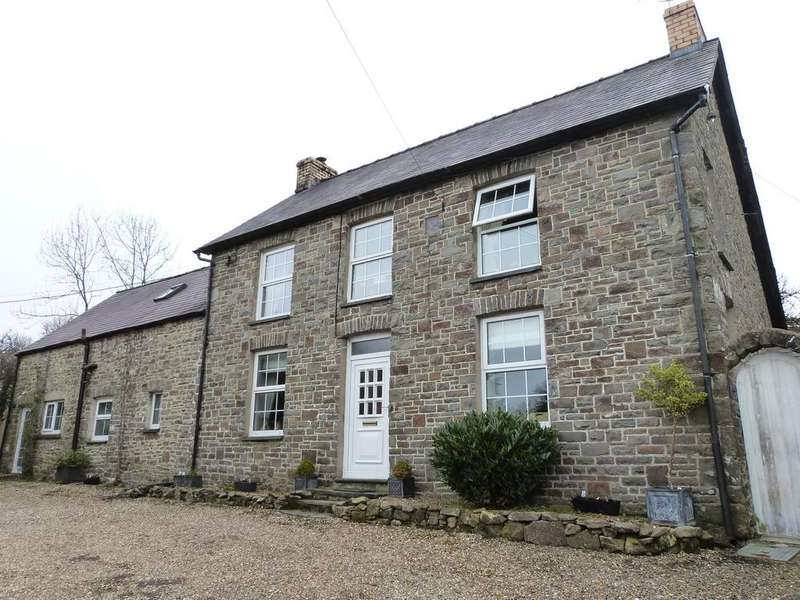 4 Bedrooms Detached House for sale in Rhydowen CEREDIGION