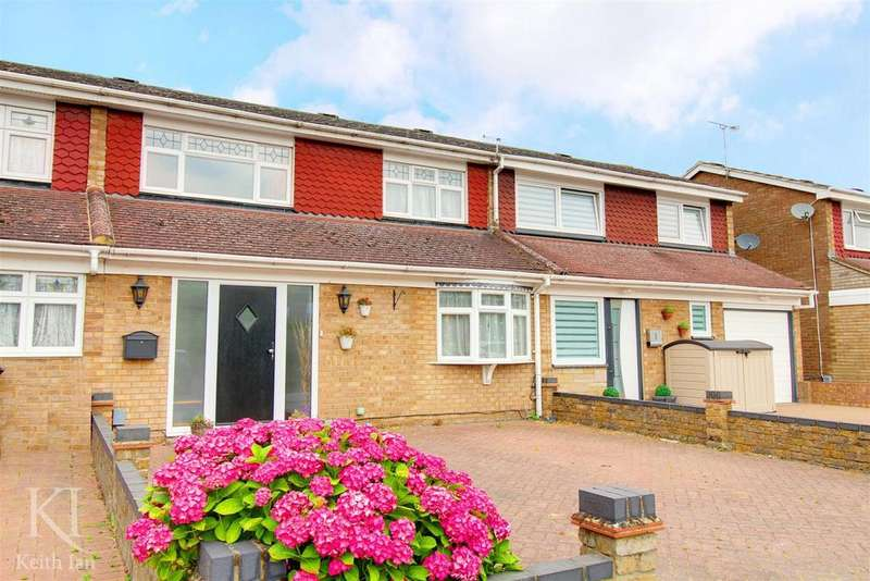 3 Bedrooms Terraced House for sale in Hoddesdon - Close to town schools