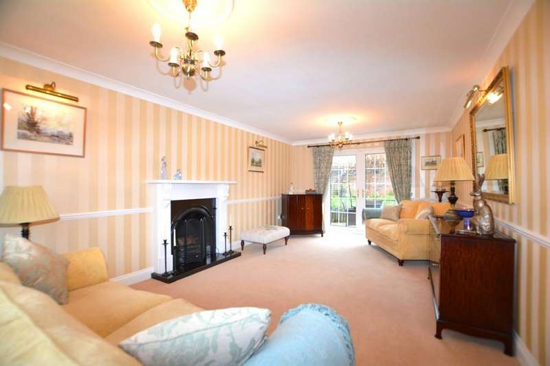 4 Bedrooms Detached House for sale in 4 Manor Lane, Carlton-Le-Moorland