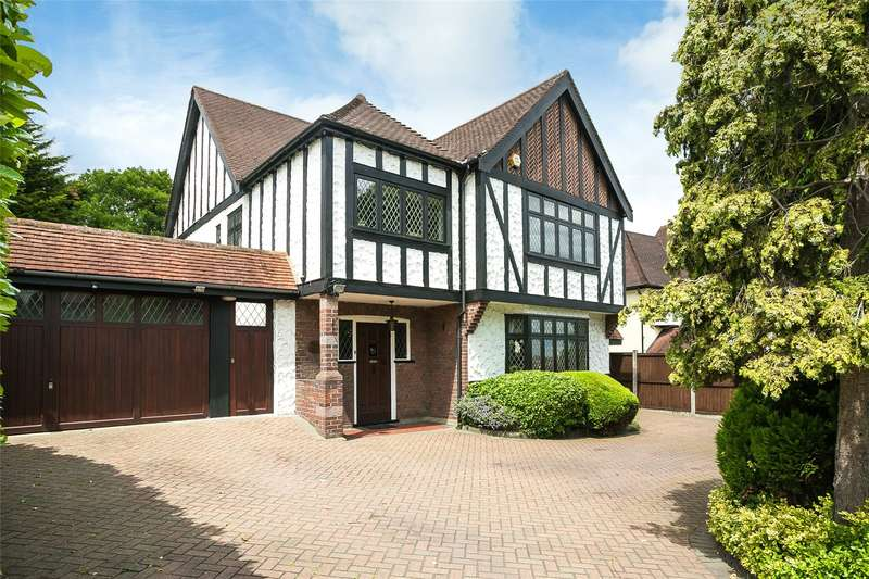 4 Bedrooms Detached House for sale in Worcester Crescent, Woodford Green