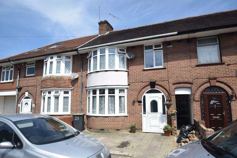 3 Bedrooms Terraced House for sale in St. Augustine Ave, Luton