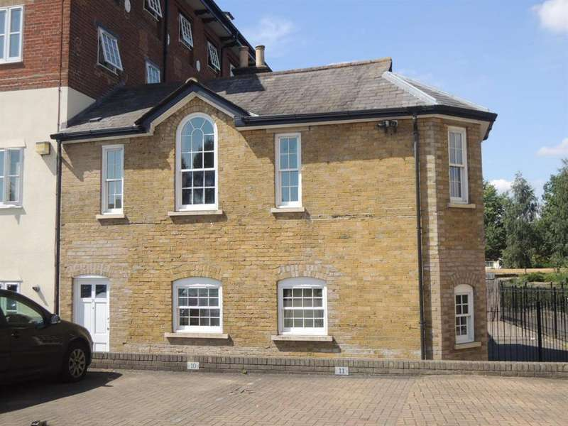 3 Bedrooms End Of Terrace House for sale in The Mill Apartments, East Street, Colchester, CO1 2QT