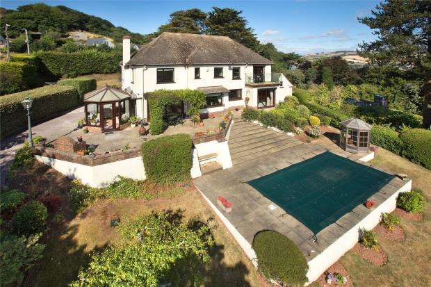 4 Bedrooms Detached House for sale in Horse Lane, Shaldon, Devon