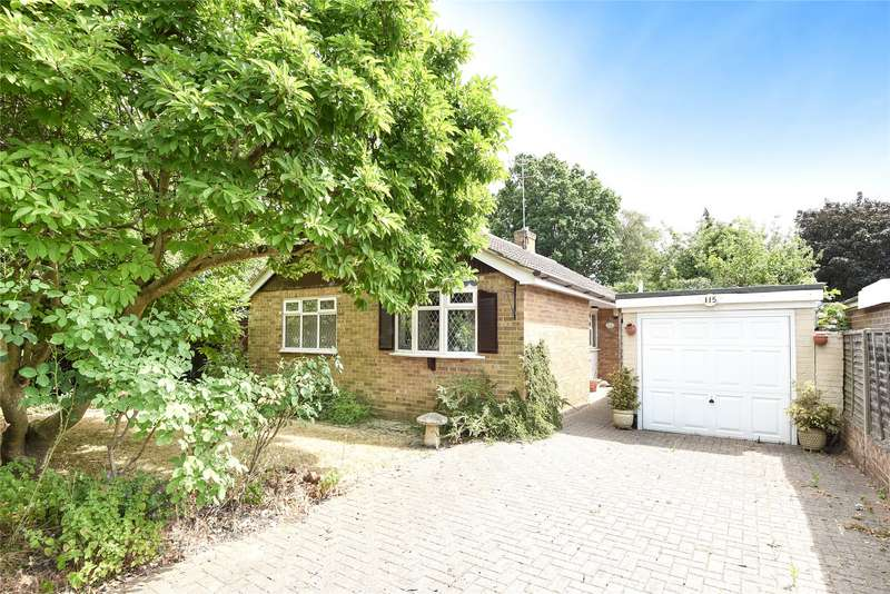 3 Bedrooms Detached Bungalow for sale in Emmbrook Road, Wokingham, Berkshire, RG41