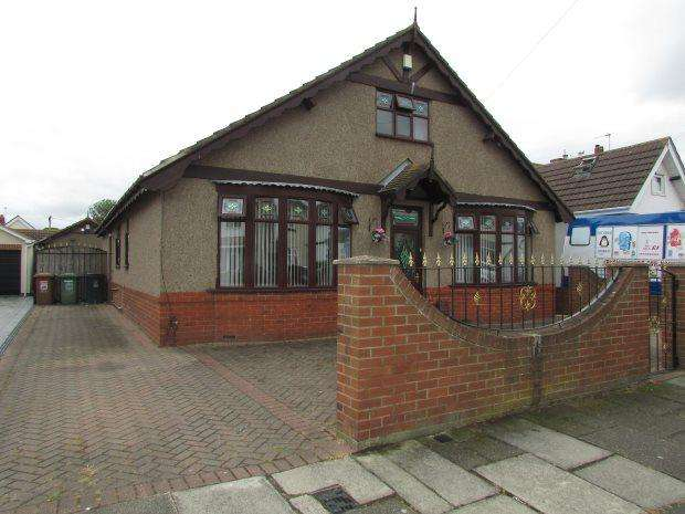 4 Bedrooms Detached Bungalow for sale in OAKLAND AVENUE, HARTLEPOOL, HARTLEPOOL