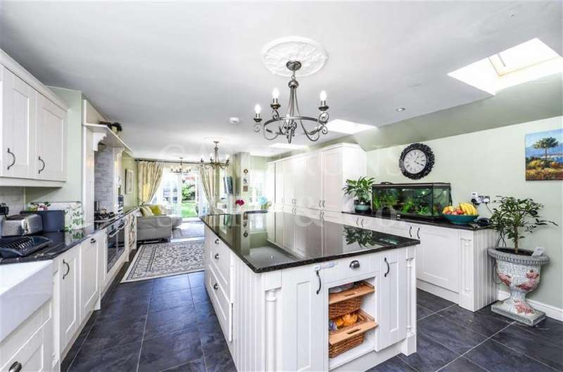 4 Bedrooms Terraced House for sale in Donaldson Road, Queens Park, London, NW6