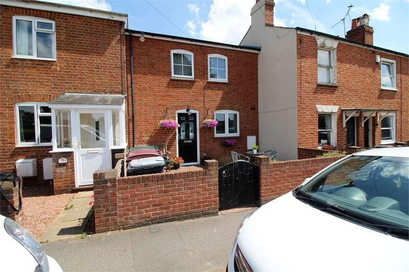 2 Bedrooms Terraced House for sale in Kidmore End Road, Emmer Green, READING, Berkshire