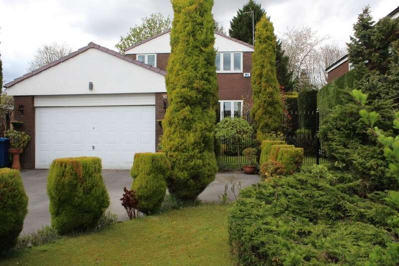 4 Bedrooms Detached House for sale in Clay Lane, Bamford, Rochdale
