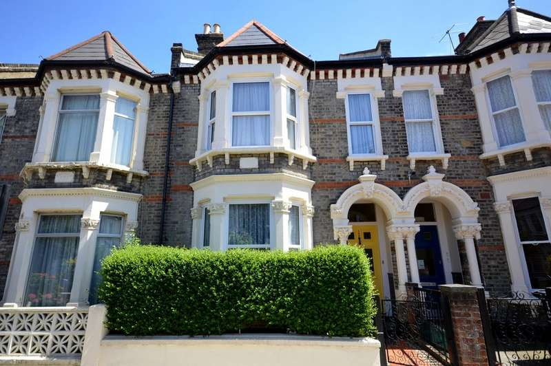 4 Bedrooms Terraced House for sale in Leander Road London SW2