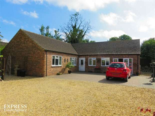 3 Bedrooms Detached House for sale in Market Street, Long Sutton, Spalding, Lincolnshire