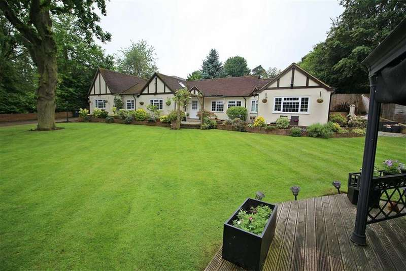 5 Bedrooms Detached Bungalow for sale in Wendover Drive, Welwyn, Welwyn, Hertfordshire