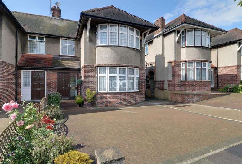 3 Bedrooms Semi Detached House for sale in Exeter Road, Southgate, N14
