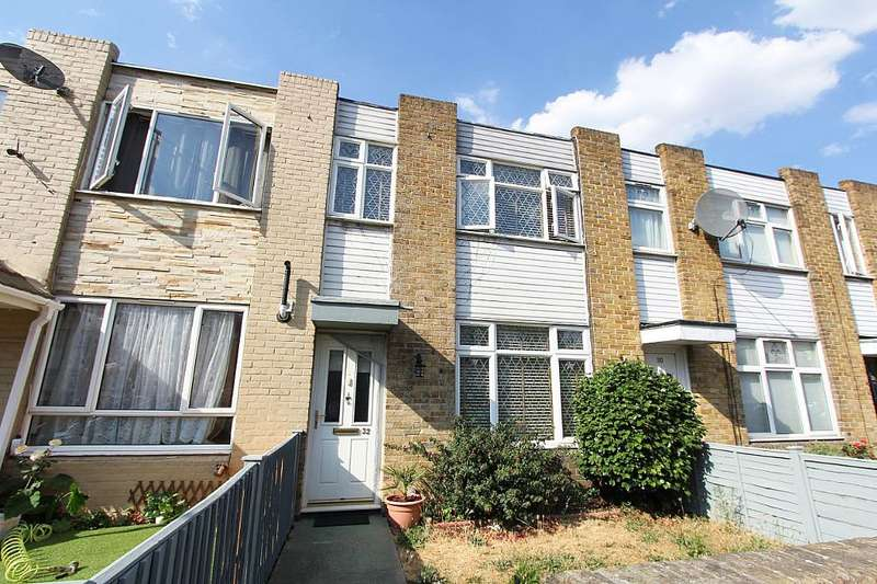3 Bedrooms Terraced House for sale in Croydon Road, London, London, E13 8ET