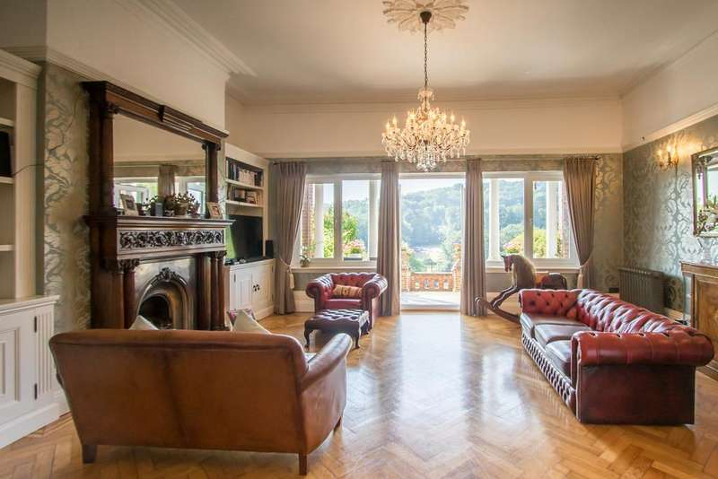 3 Bedrooms Manor House Character Property for sale in Kearsney Court, Alkham Road, Dover