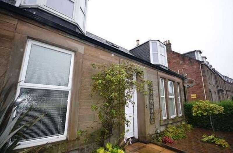 3 Bedrooms Semi Detached House for sale in 42, Brechin Road, Arbroath