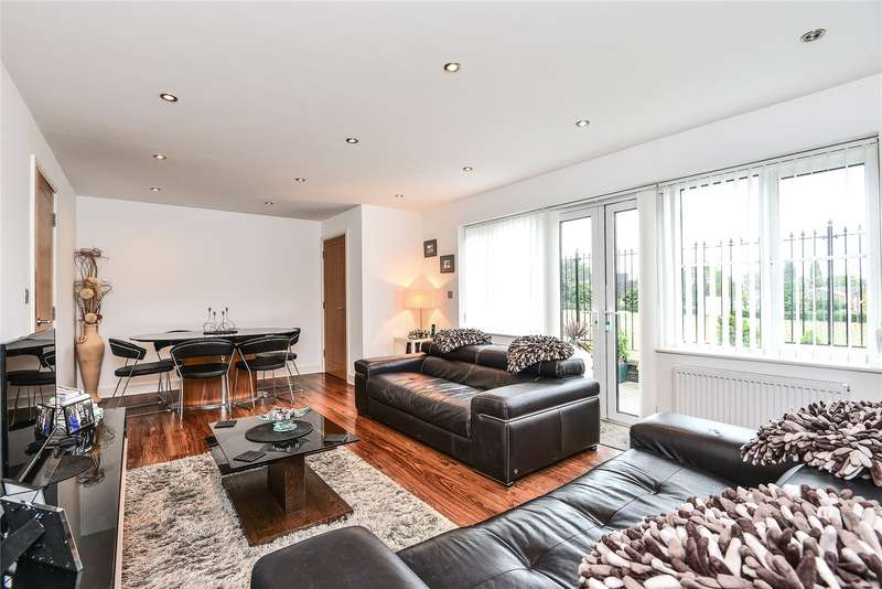 2 Bedrooms Semi Detached House for sale in Fielding Court, 1A The Uplands, Loughton, Essex, IG10