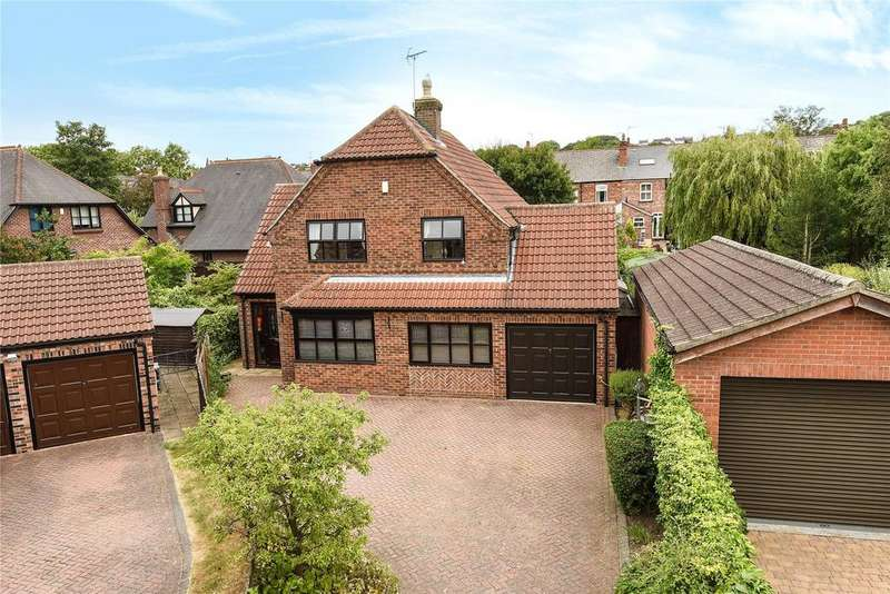 4 Bedrooms Detached House for sale in Oakleigh Drive, Oakleigh Park, LN1