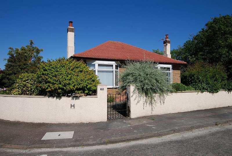 3 Bedrooms Detached Bungalow for sale in 23 Larchwood Road, AYR, KA7 3TA