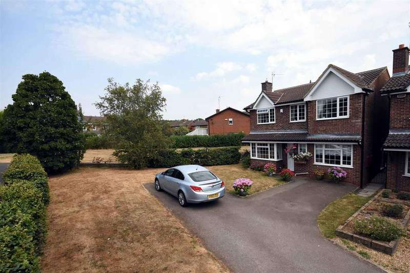 4 Bedrooms Detached House for sale in Dickens Drive, Kettering