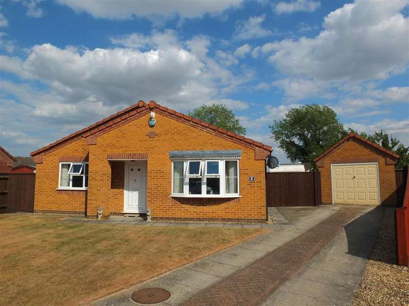 3 Bedrooms Detached Bungalow for sale in Ketel Close, Long Sutton