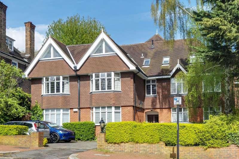 3 Bedrooms Flat for sale in Greenaway Gardens, Hampstead