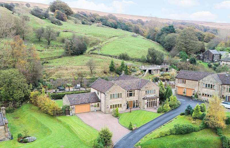 5 Bedrooms Detached House for sale in The Willows, Todmorden, OL14