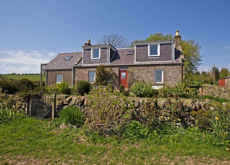 5 Bedrooms Detached House for sale in Nr Montrose, ANGUS