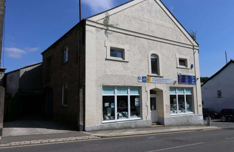 Property for sale in Barn Street